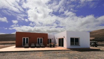 Front line coastal villa for sale in Ajuy, Fuerteventura