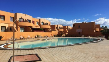 Bahia Sol apartment in Caleta de Fuste, Fuerteventura - Swimming pool