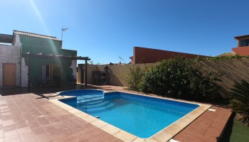 Chalet for sale in Casillas de Morales, Fuerteventura - Pool