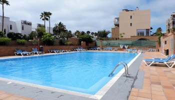Apartment for sale in Esquinzo, Fuerteventura - Swimming pool