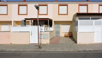 Terraced house for sale in El Matorral, Fuerteventura - Facade
