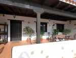 Villa with pool for sale in Fuerteventura - Front terrace