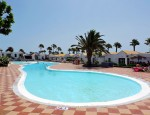 Bungalow for sale in Caleta de Fuste, Fuerteventura - Pool