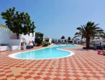 Bungalow for sale in Caleta de Fuste, Club Montecastillo - Pool