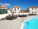 Detached house for sale in La Capellanía, Corralejo - Pueblo Canario pool