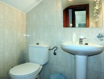 Two-storey house for sale in Puerto del Rosario - First bathroom