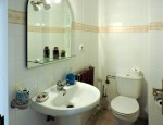 Duplex for sale in Puerto del Rosario - Small bathroom