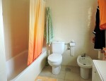 Duplex for sale in Fuerteventura - Bathroom with bathtub