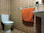 First bathroom - Duplex for sale in Valles de Ortega
